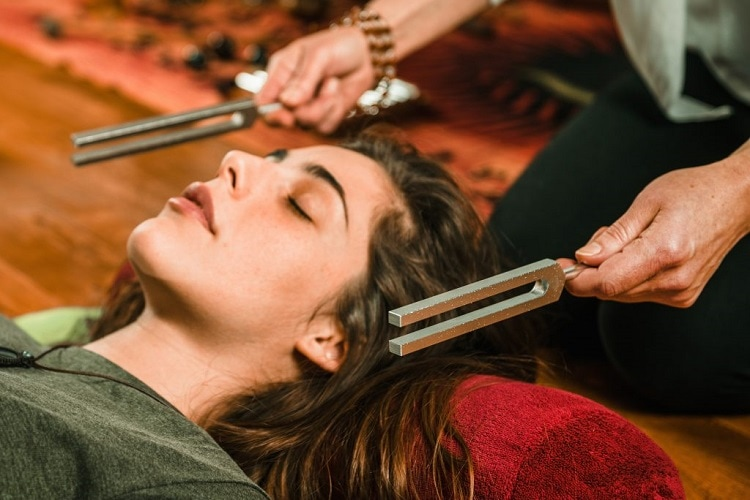 Using Tuning Forks In Healing